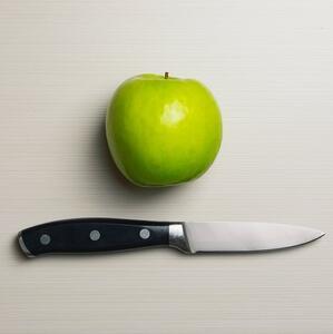 Использование ножа или чистящей щетки в качестве толкателя